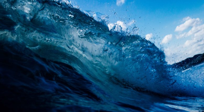 Riding the B2B content marketing wave